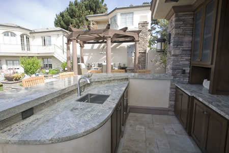 Manhattan Beach Pool with Water Feature Outdoor Kitchen &    Patio 4