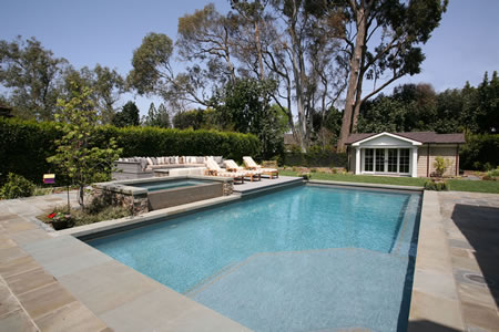 Palos Verdes Estates Pool with Elevated Spa 1