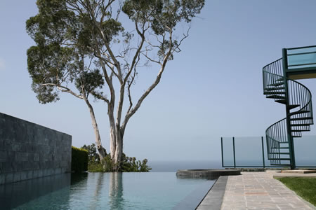Palos Verdes Estates Vanishing Edge Pool with Spa 1