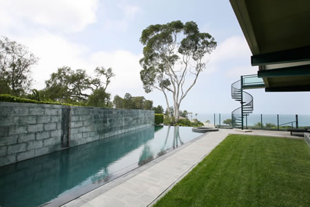 Palos Verdes Estates Vanishing Edge Pool with Spa 5
